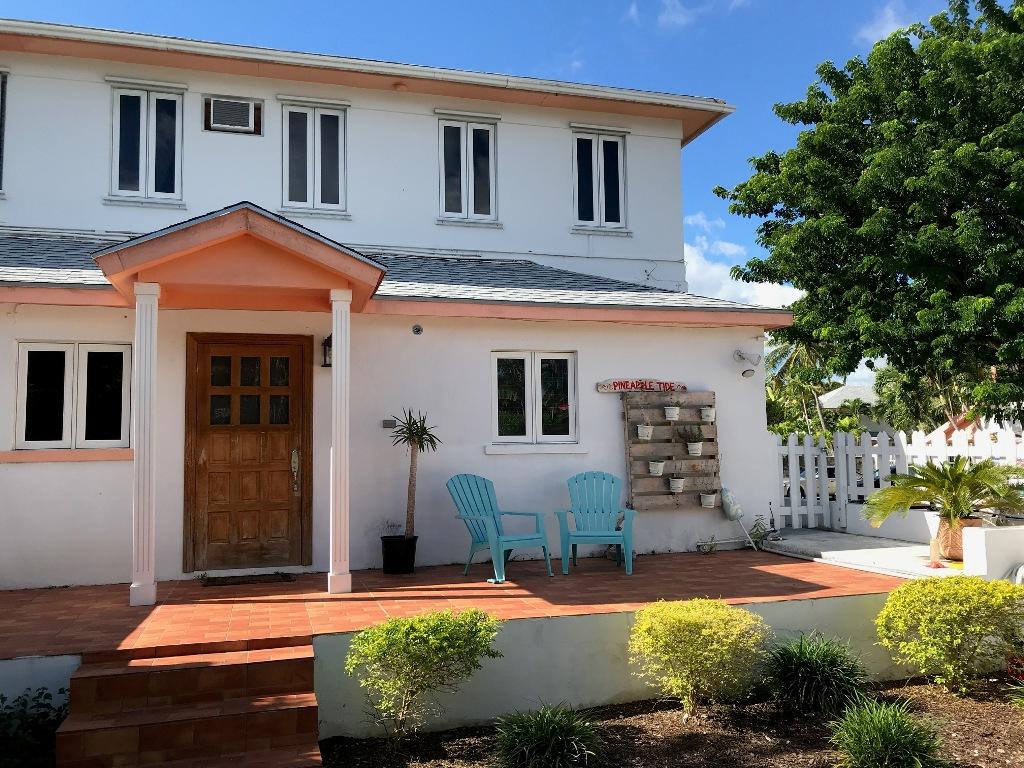 Cozy Coastal Montagu Villas Townhome